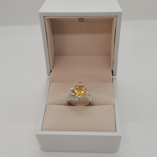 صورة 3.19g silver ring (925) with yellow Tourmaline stone