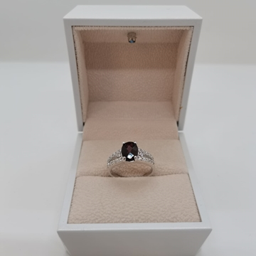 Picture of 2.50g silver ring (925) with (African)red ruby stone